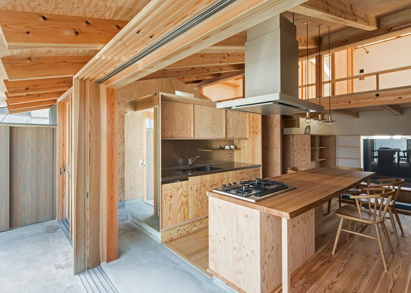 japanese architecture firm hitomori in collaboration with hane kenchiku koubou design studio - Japanese Architecture Small Houses