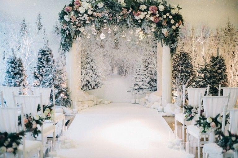 35 Amazing Winter Wonderland Wedding Decoration Ideas Winter