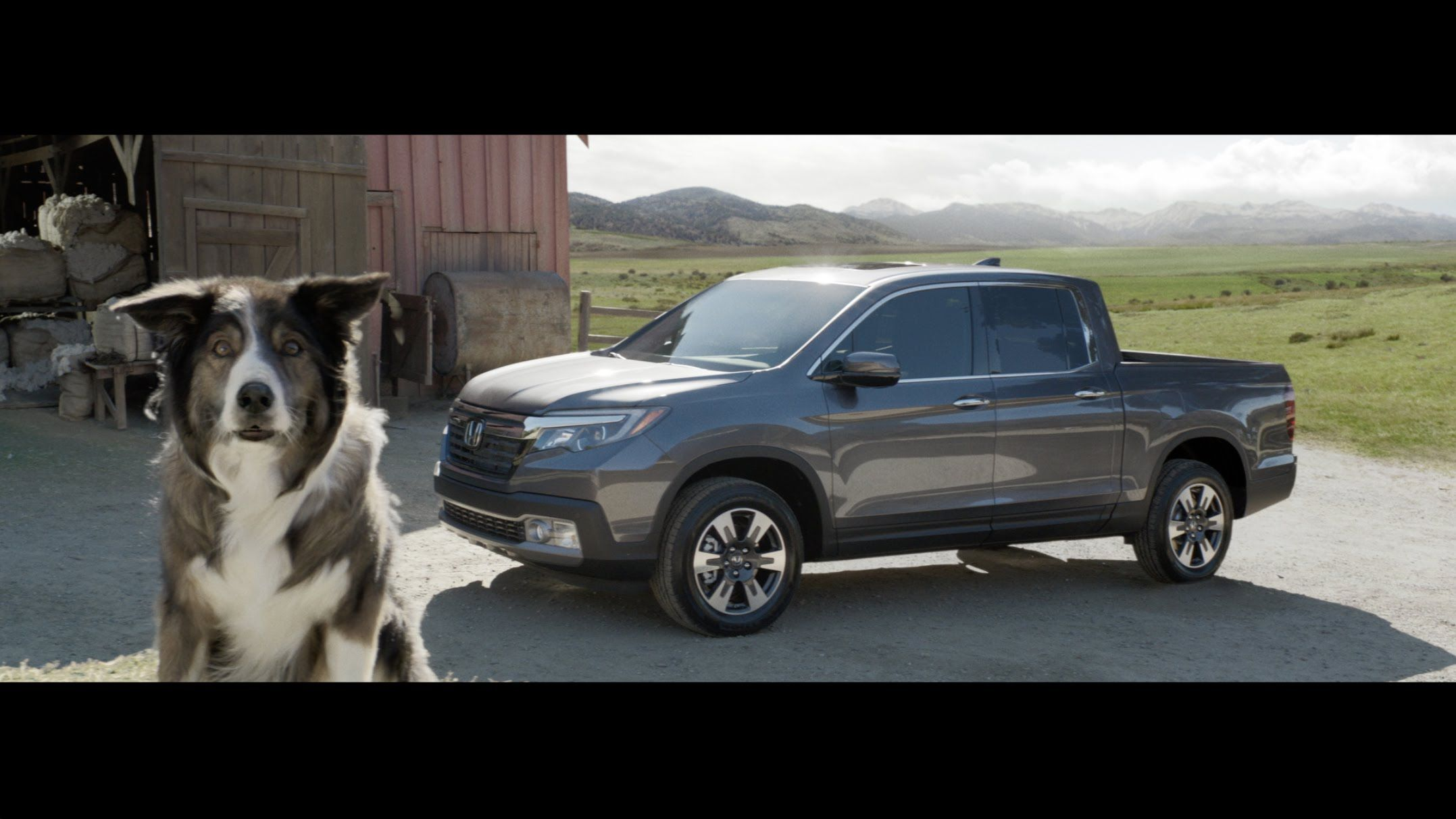 The honda ridgeline is back prepare to fall in love with its innovative features