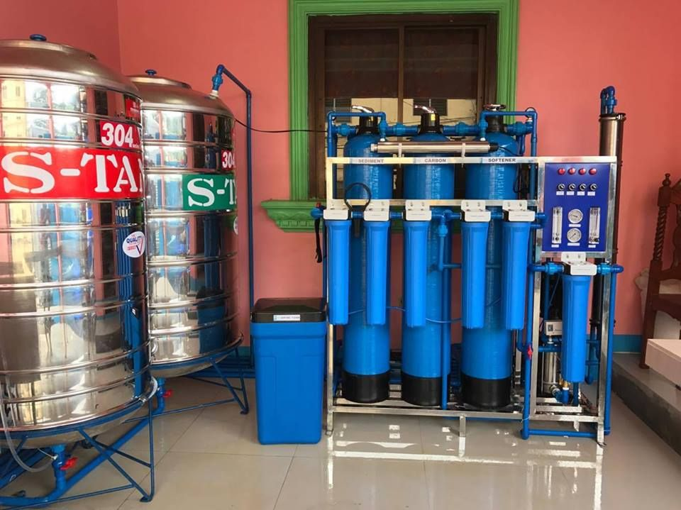 Start Your Own Water Refilling Station Business Now Save As Much As 10 000 To 15 000 Pesos Just Reserve For As Low As 5 0 Water Station Mineral Water Station