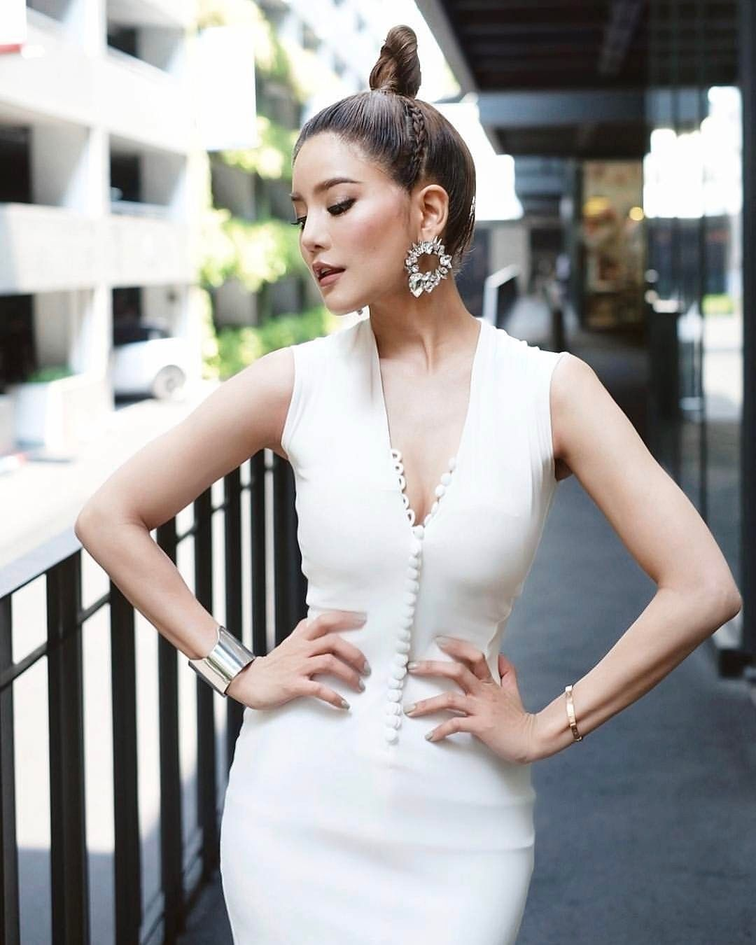 Secret World Of Glamour Poem Official On Instagram Khun Rachwinwong In