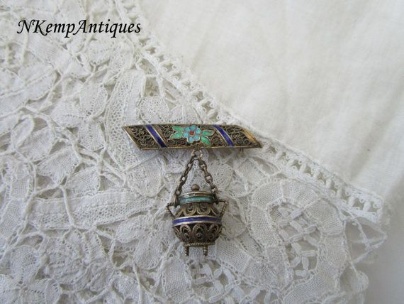 Antique silver brooch by Nkempantiques on Etsy