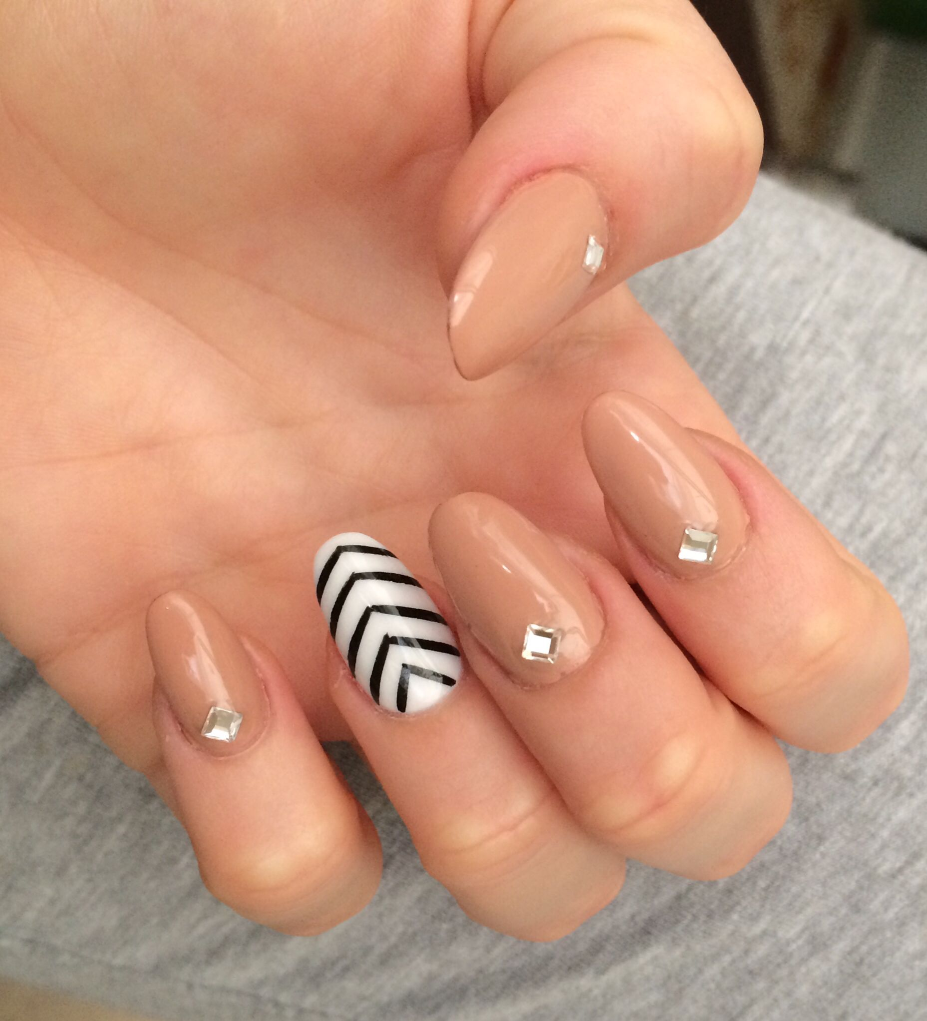 oval nails, acrylic nail design with diamonds, beige nails, nail