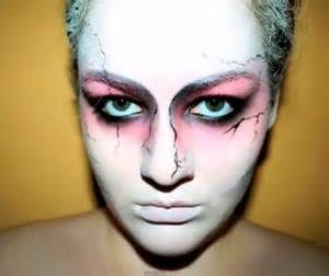 Dramatic Halloween makeup looks for scary good weddings | Offbeat ...