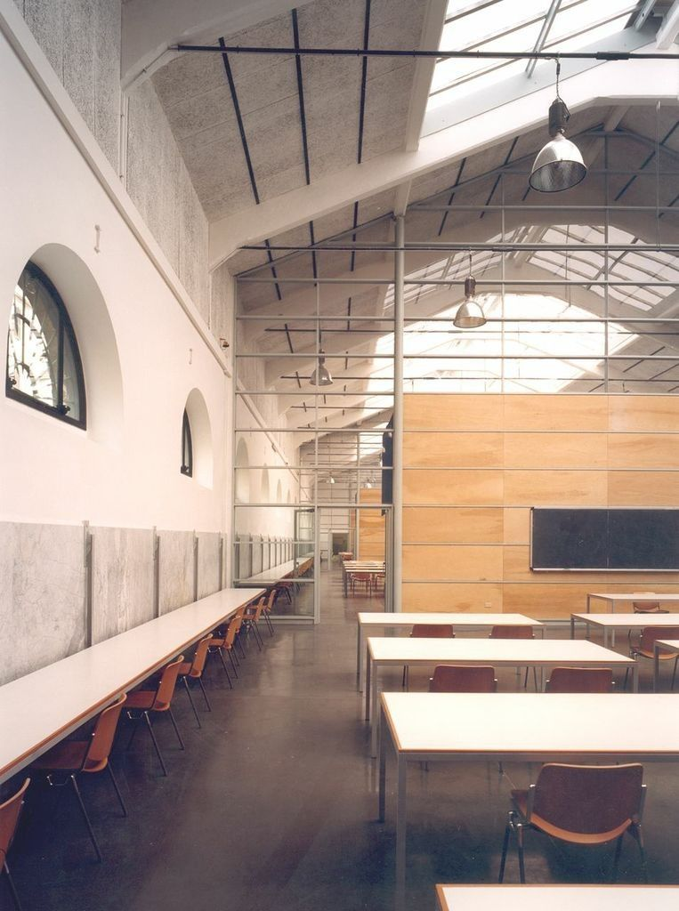 Gallery of Recovery of the former slaughterhouse into University campus / Studio Insula - 6