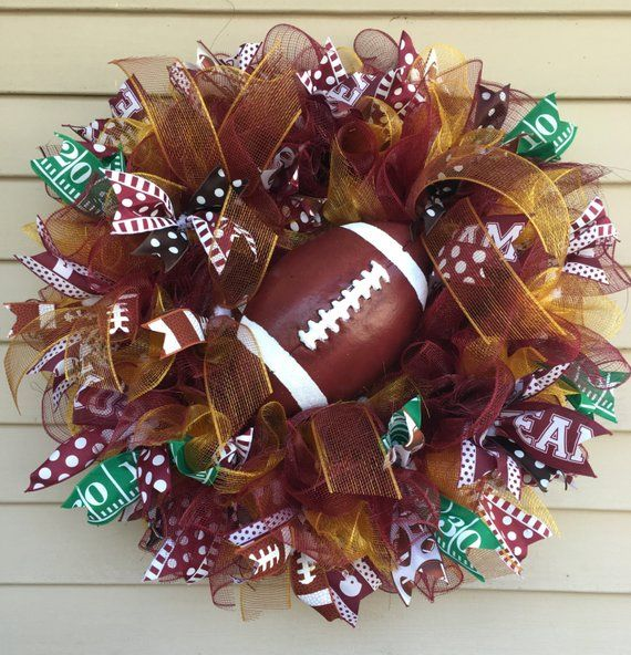 Deco Mesh Football Wreath #decomeshwreaths