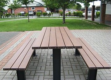 A project done by Urban Effect for an educational institution. Product used for this project is an Atessa TimberImage table settings. #CortenSpencerRubbishBins #urbaneffects #urbanfurniture #streetfurniture #outdoorfurniture #benches #OutdoorBenches #AtessaTimberImage #TimberImage #Atessa