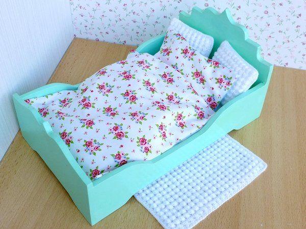 Prinzessinnen Bett Mit Bettwäsche Kissen Teppich