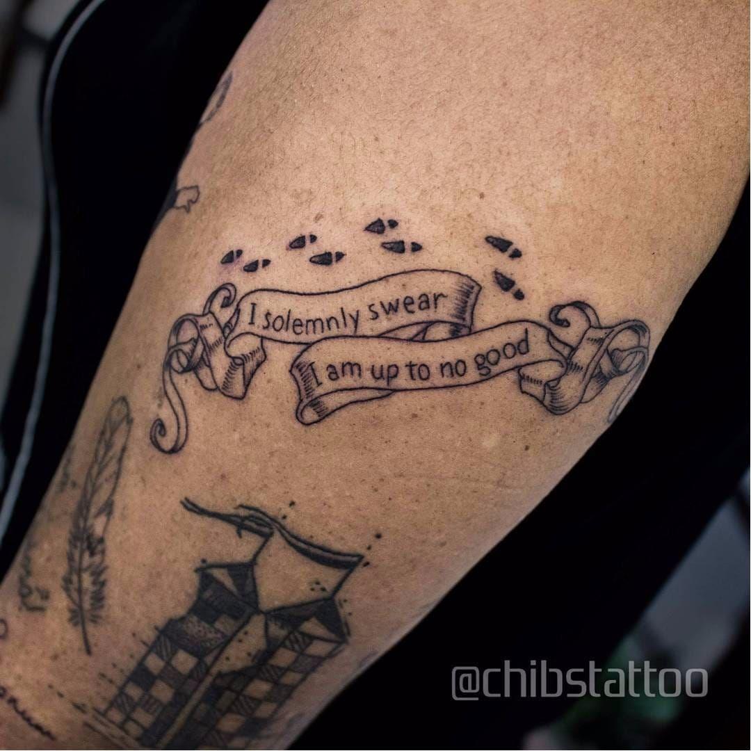 Tatuagem Do Mapa Do Maroto Por Chibs Tattoo Chibs Chibstattoo Harrypottertattoo Harrypotter Tatuagemharrypott Tattoos Harry Potter Tattoos Trendy Tattoos