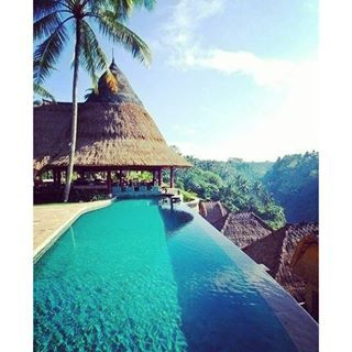 Take a big breath and relax☀️**Exotic destinations** #travel #traveling #bali #viceroy #resort #spring #summer #destination #enjoy #pool #swimmingpool #blue #nature #tree #palmtrees #hotel #relax #relaxing #zen #getaway #mindtravel #weekend #saturday #wander #wanderlust