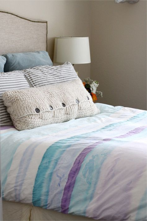 Diy Watercolour Fabric Painted Duvet Cover This May Be The Only Way I Get Those Perfect Rainbow Stripes That Continu Diy Duvet Duvet Cover Diy Duvet Covers