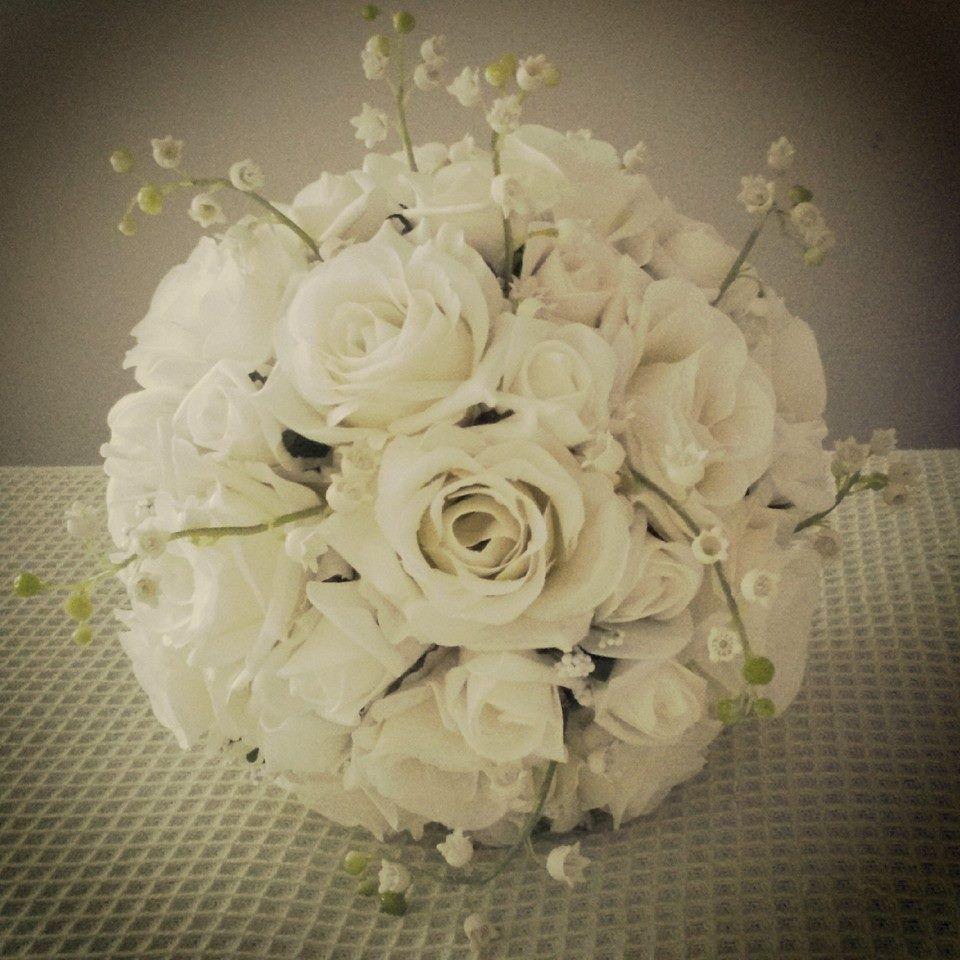 Ivory rose bouquet bride wedding flowers faux flowers www ivory rose bouquet bride wedding flowers faux flowers thebouquetmaid uk izmirmasajfo