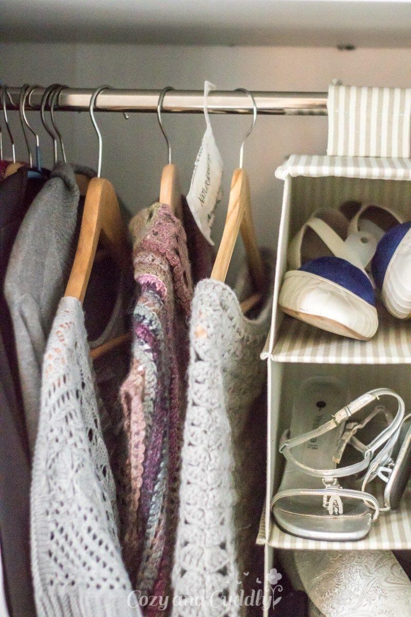 Zuverlassig Kleidermotten Loswerden Tipps Gegen Die Kleinen Plagegeister Werbung Cozy And Cuddly Kleidermotten Motten Im Schrank Plagegeist