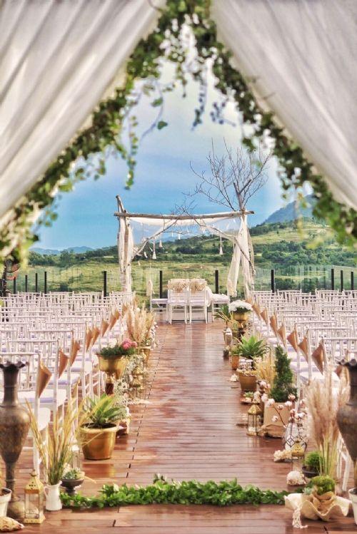 Royal Tulip Gunung Geulis Resort Golf Tempat Pernikahan Pernikahan Inspirasi