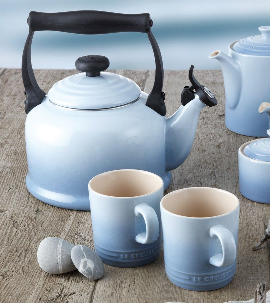 Le Creuset Traditional Stove Top Kettle 2 Free Mugs Coastal Blue Le Creuset Tea Kettle Le Creuset Creuset