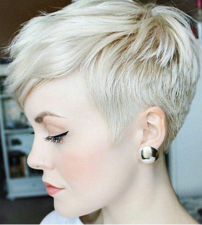 Coupe cheveux courte femme avec meche