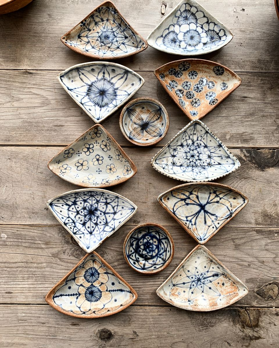 . #spakoclay #artiststudio #stoneware #clay #pottery #studiopotter #studioceramics #claylife #designermaker #claylife #designer #modernceramics #maker #handmadecrafts #ceramic #ceramics #handmadecrafts #madeinaustin #glaze #clayware #potter #modernceramics #handmadepottery #tableware #modernmaker #instaceramics #contemporarycraft #functionalceramics #armadillochristmasbazaar #austinmakercollective   .