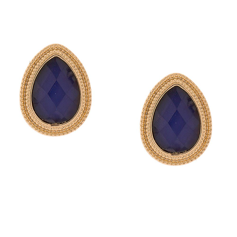 Bold And Glamorous These Teardrop Shaped Stud Earrings Feature