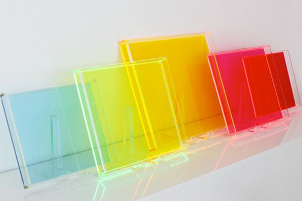 The Decorista Style Icious Sunday Mad About Neon Acrylic Designs Acrylic Furniture Design