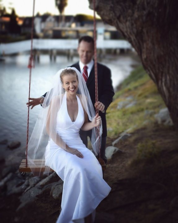 How To Save Money By Not Hiring A Professional Wedding Photographer