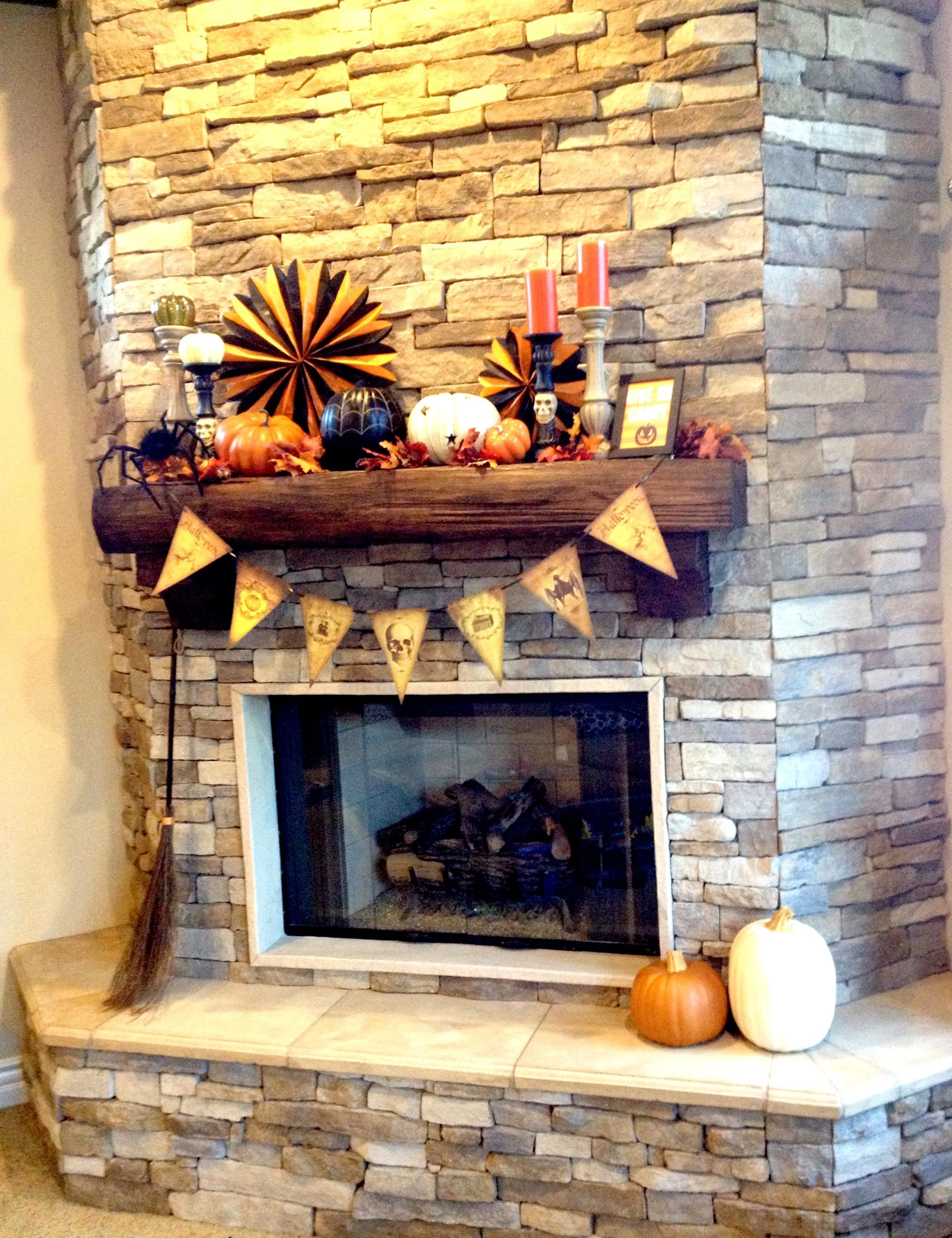 Halloween decorations  IDEAS  INSPIRATIONS Halloween mantel decor - Office Halloween Decor
