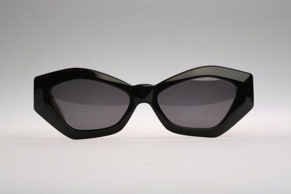 b09f189e087 Linea Pitti Florence design Mod 546   Vintage sunglasses   NOS   Rare designer  eyewear