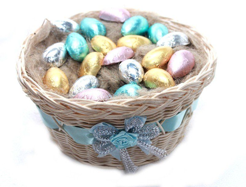 Nest basket with 20 milk chocolate eggs easter special easter easter negle Images
