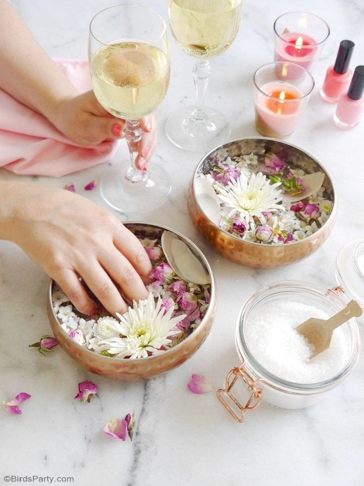 A Relaxing Home Spa Party for Mother's Day