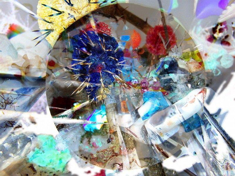 "Gerda Steiner & Jörg Lenzlinger: 1 Dollar Grotte, 2005 | Digitale Collage aus 30-teiliger Serie ""Grottenbilder"" | 42 x 56 cm"