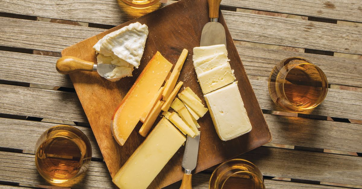 4 ways to create whiskey and cheese pairings whiskeymade