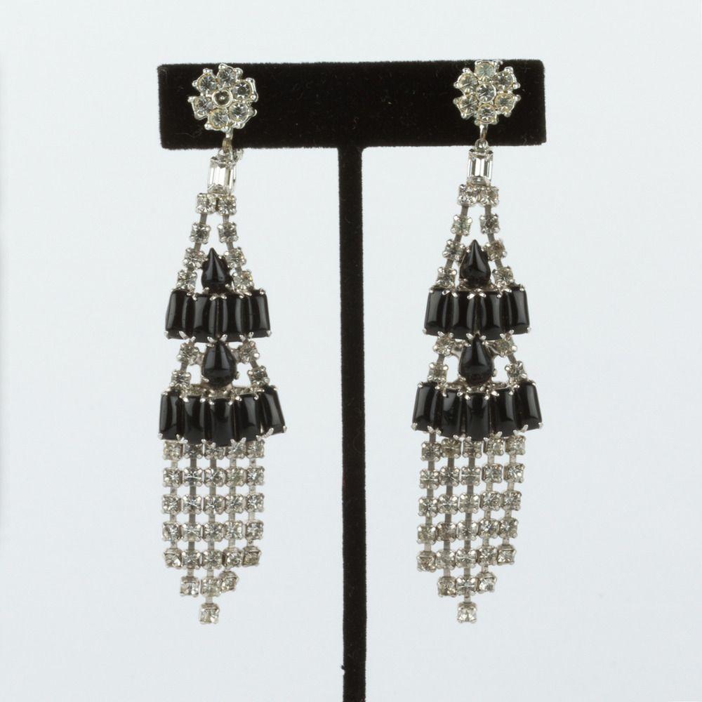 Image Of 1950 S Black And White Rhinestone Earrings 225 00 With Images White Rhinestone Rhinestone Earrings Rhinestone