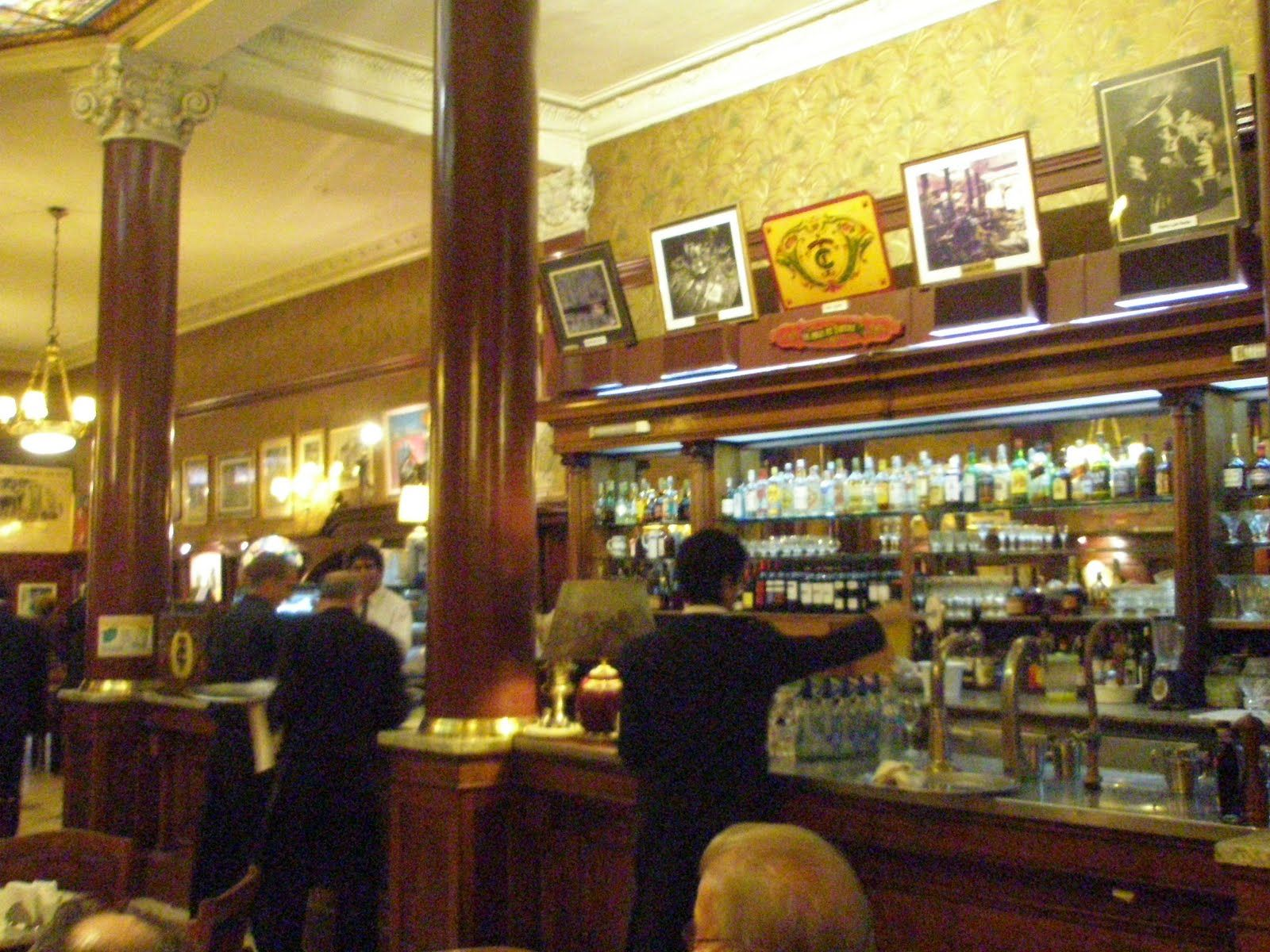Cafe Tortoni, Buenos Aires. ARG.-