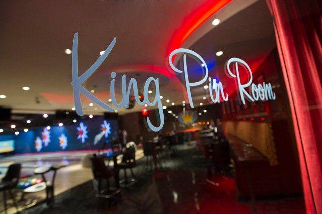 Kings Dedham 600 Legacy Place Dedham Ma 02026 Http Kingsbowlamerica Com Dedham Dedham King Entertaining