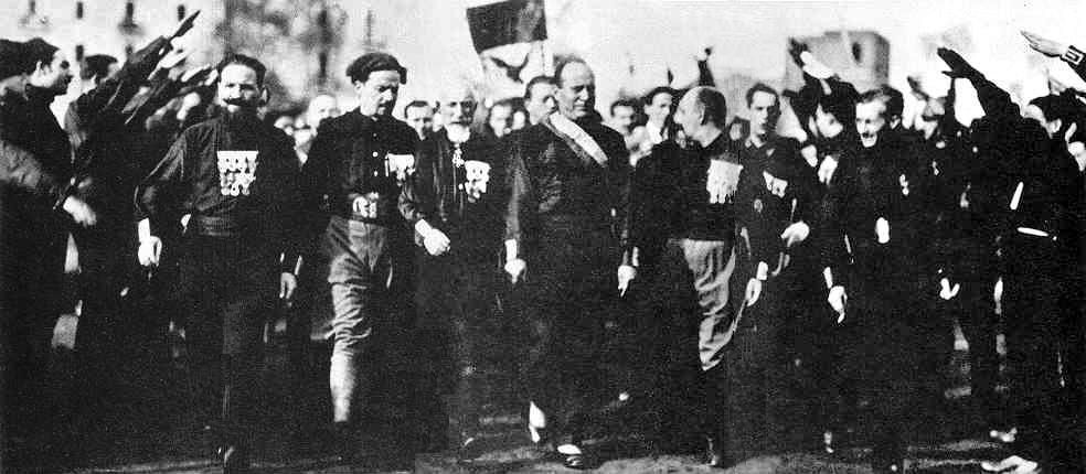 benito mussolini understanding fascism An enimatic ex-journalist benito mussolini would become pratically synominous with italian fascicm he led the fascists to power in 1922 and controlled italy until 1943 americans seem to easily confuse fascism with nazism, and though there are parallels between them they are actually quite separate phenomena.