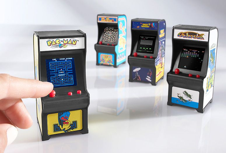 Barbie Size Table Top Worlds Smallest Tiny Arcade Space Invaders