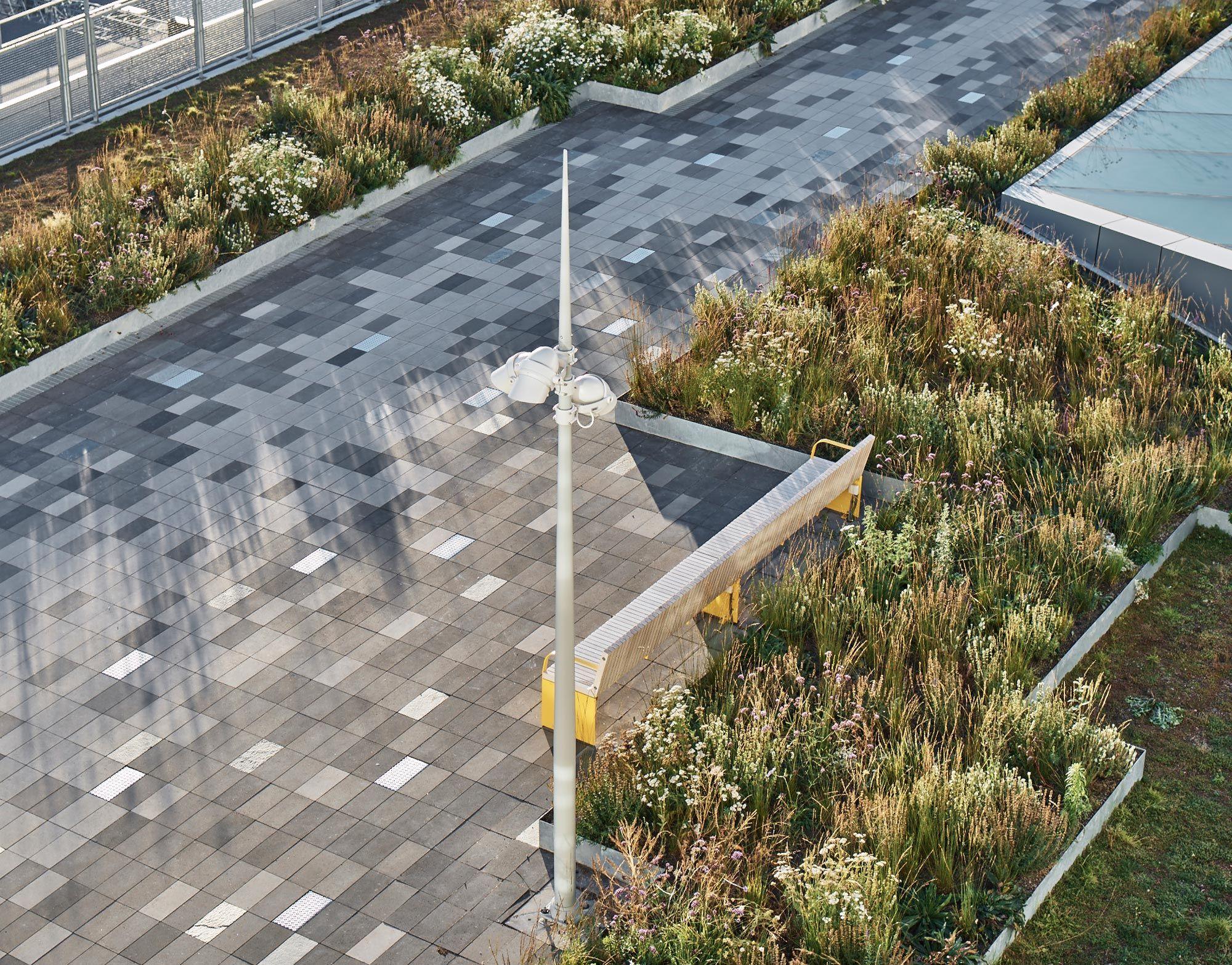 Stockholm roof garden ferry terminal 09 landscape for Place landscape architecture