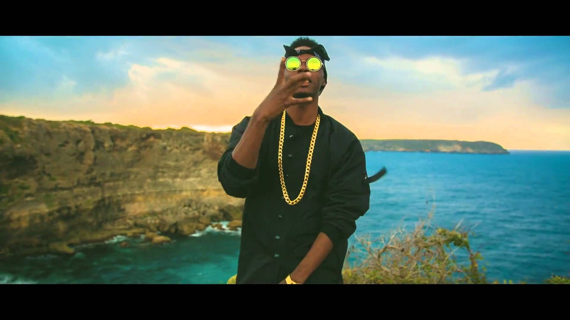Wendyyy - Dekontwole [Official Music Video] Music Video Posted on http://musicvideopalace.com/wendyyy-dekontwole-official-music-video/