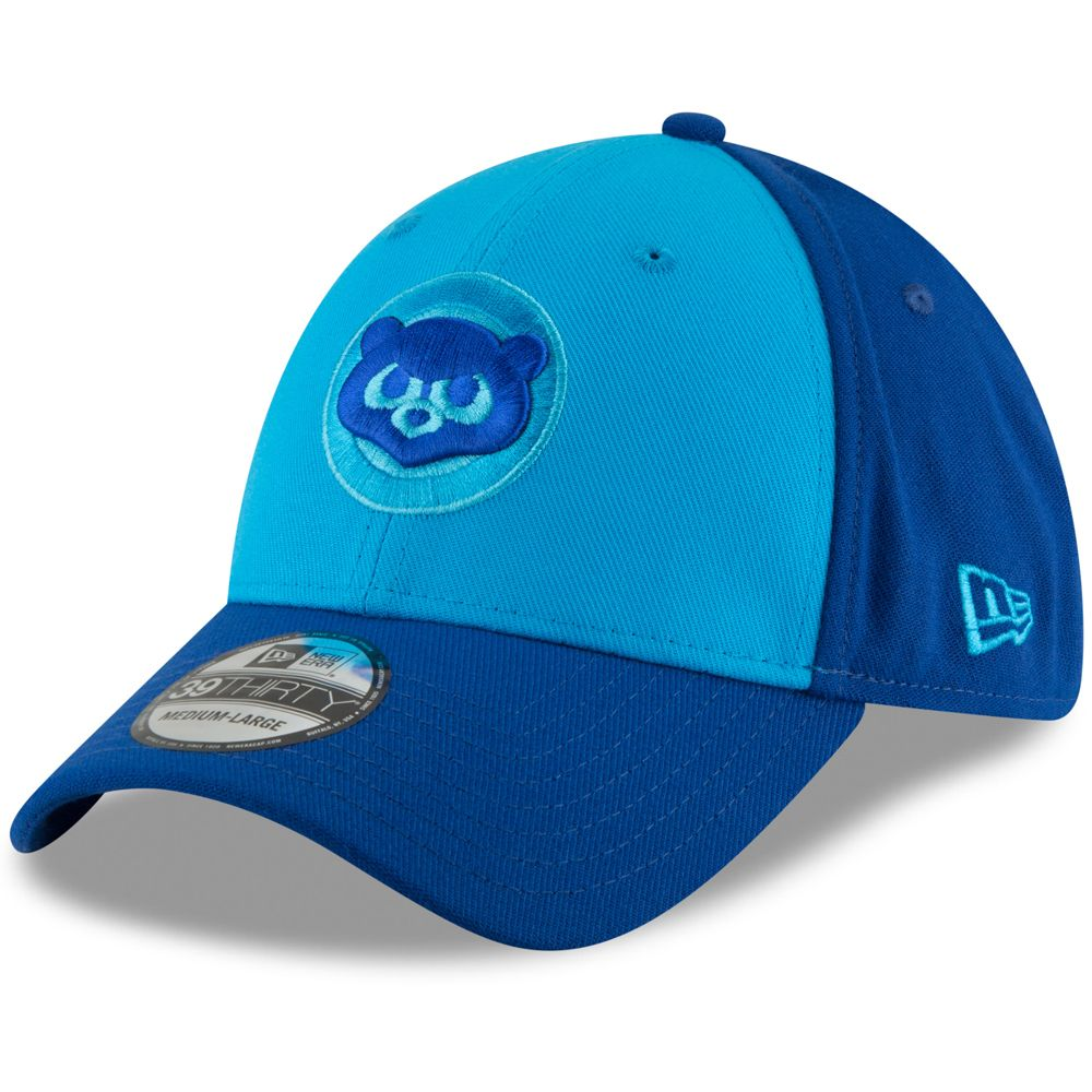 0c2baaeb8 Men s Chicago Cubs New Era Blue Blue 2018 Players  Weekend Low Profile  59FIFTY Fitted Hat