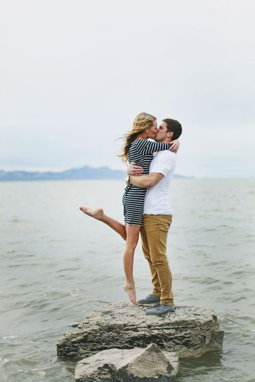 These Are The 50 Best Engagement Photos Ever