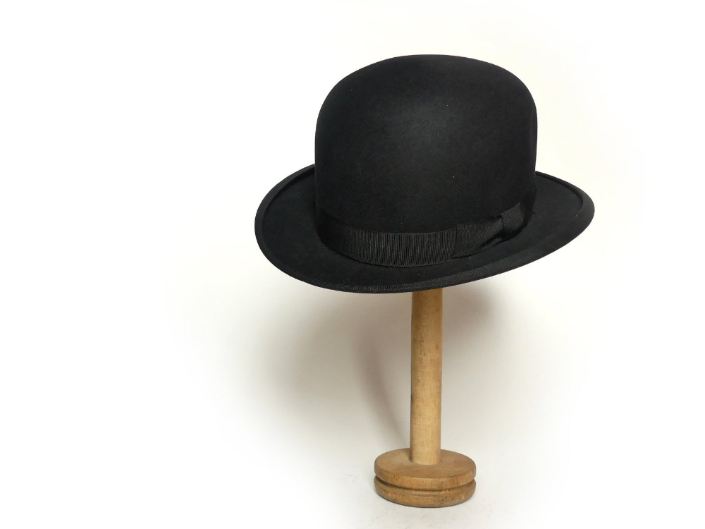 Chapeau Melon Mode De Paris Vintage Francais Antique Accessoire Homme Feutre Noir Debut Xxe Bowler Hat Victorien Edouardien Steampunk Vintage Paris French Vintage Bowler Hat