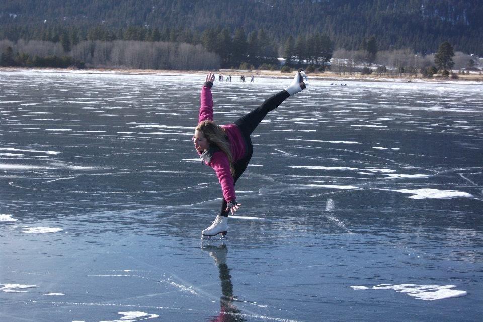 ice skating on pond | Kids Ice Skating on Pond Pond ...
