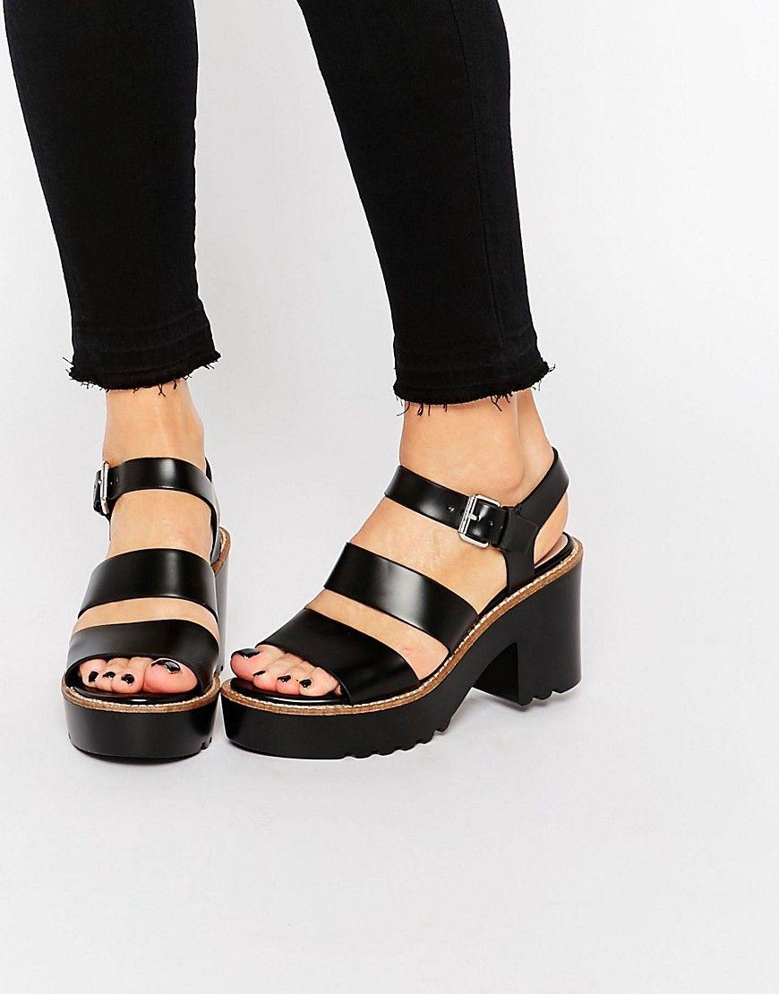 7c74027ba Pull&Bear Triple Strap Platform Sandals | Chic Fashion | Sandals ...