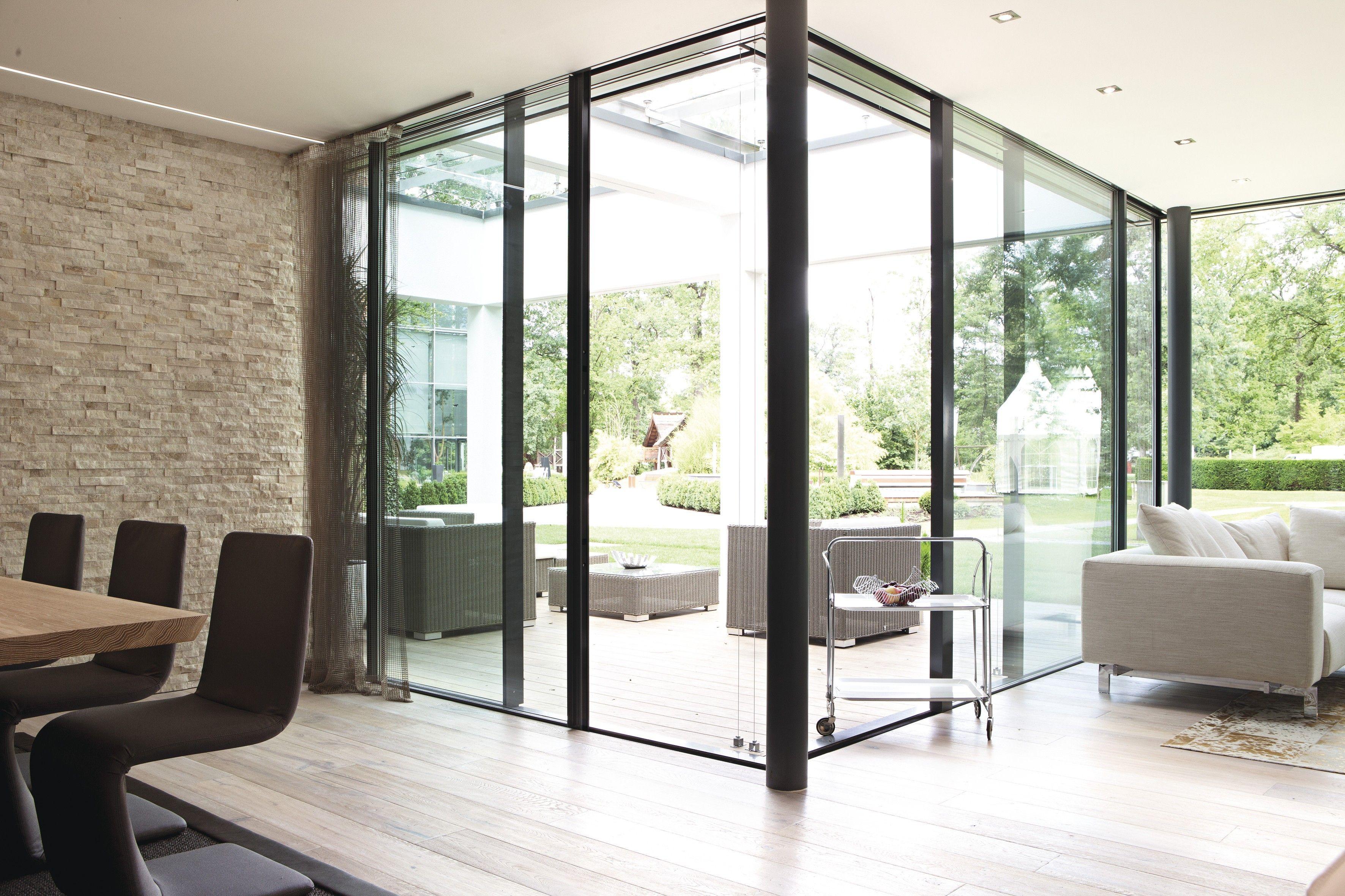 terrasse mit offenem wohn esszimmer baies vitrees pinterest wohn esszimmer terrasse und. Black Bedroom Furniture Sets. Home Design Ideas