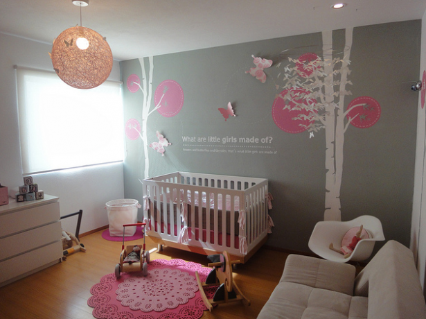grey sofa pink floral shaape rubber carpet plain white blinds modern baby room ideas for girls with wooden floor 615x460png 615460 pixelsjune_ho - Blinds For Baby Room