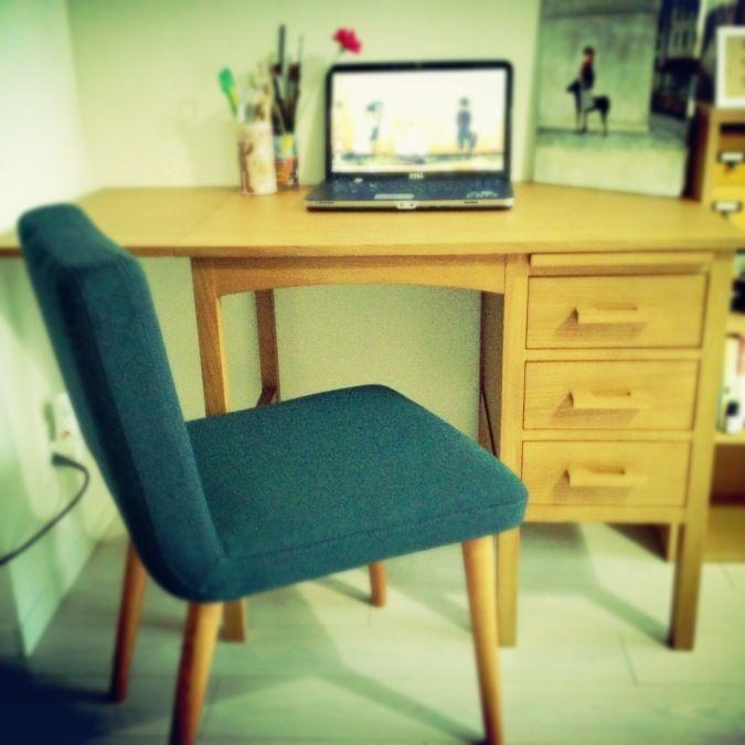 ROOM GRANDPRIX 2015 | unico働き始めて初めて購入した家具。絵の仕事のためのデスクと椅子。