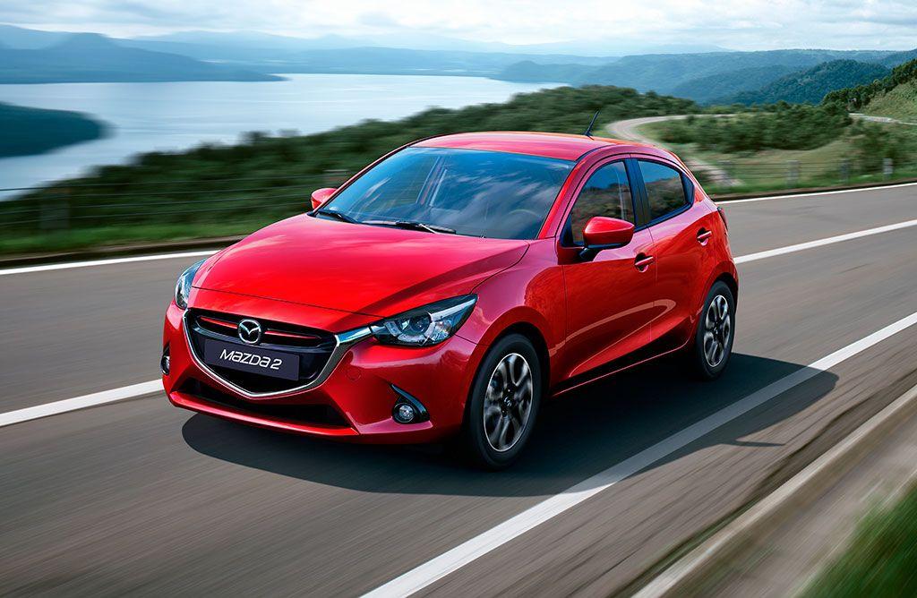 Качвайте се на борда на Mazda 2 и да потегляме... Mazda