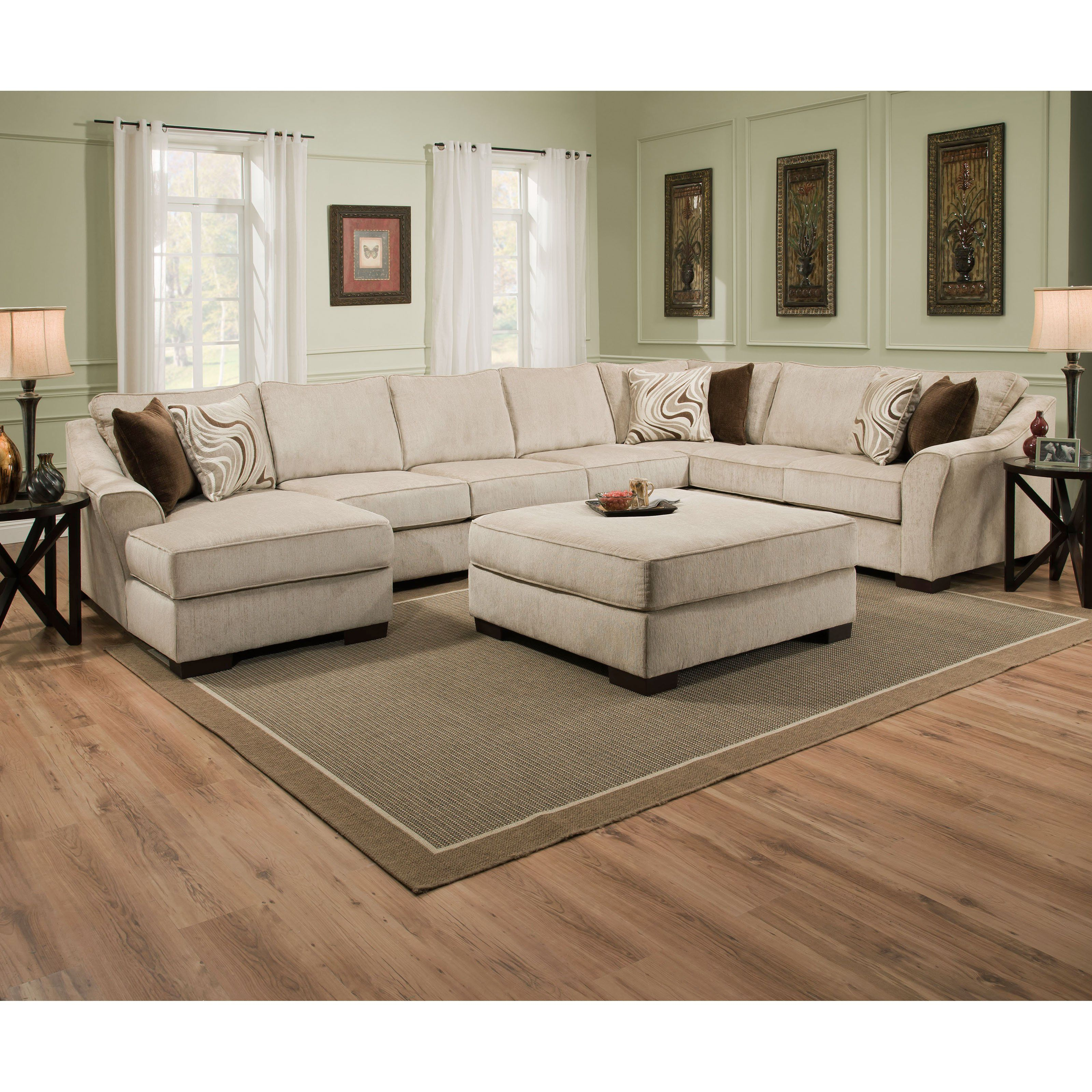 Simmons Kingley Right Facing Sofa Sectional With Chaise Udf382