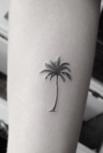 Palm Trees Tattoologist Avec Images Tatouage Palmier