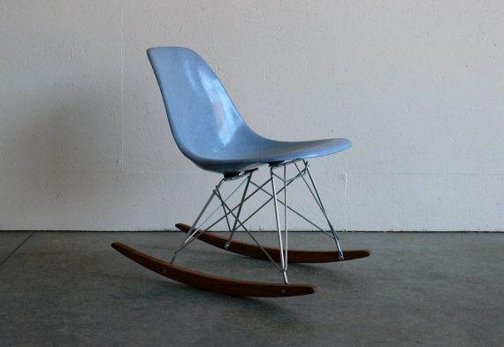 Das Ware Ein Schaukelstuhl Nach Meinem Geschmack Eames Rocking Chair Chair
