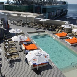 Caesars Pool In Atlantic City Via Backbarusa Com Atlantic City Pool City